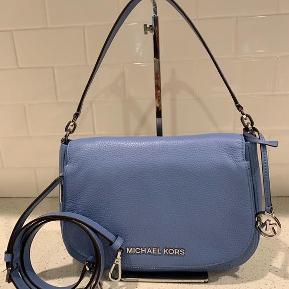 Michael Kors Handbags - NWT Michael kors Bedford